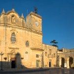 Piazza e Chiesa di San Giorgio a Melpignano