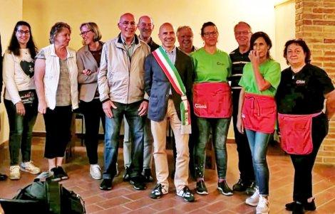 A-Carassai-visita-gruppo-dalla-Germania