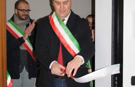 taglio-del-nastro-nuova-sede-Associazione-BorghiAutenticidItalia