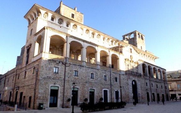 Palazzo De Mari, Acquaviva delle Fonti