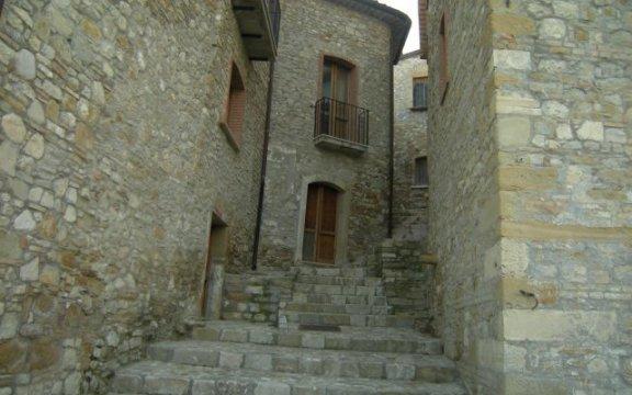 Accadia, scalinata del centro storico