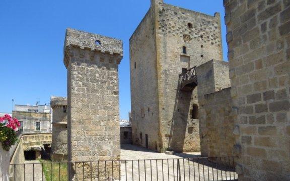 Avetrana-castello