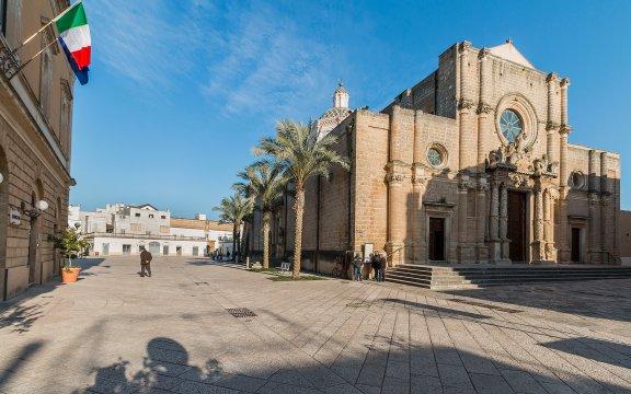 Campi-Salentina-Chiesa-Madre