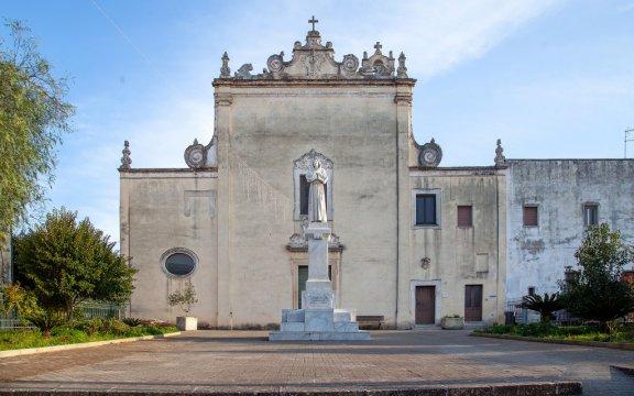 Campi-Salentina-Chiesa-San-Francesco