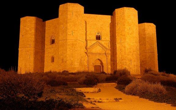 Castel_del_Monte-ph.Andrea Rinaldi