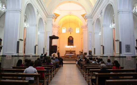 Castel-di-Lucio-interni-Chiesa-Madre