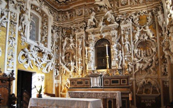 Castelbuono, cappella palatina, stucchi Serpotta