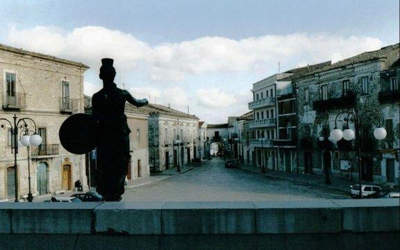 Castelnuovo-della-Daunia-strade e vicoli