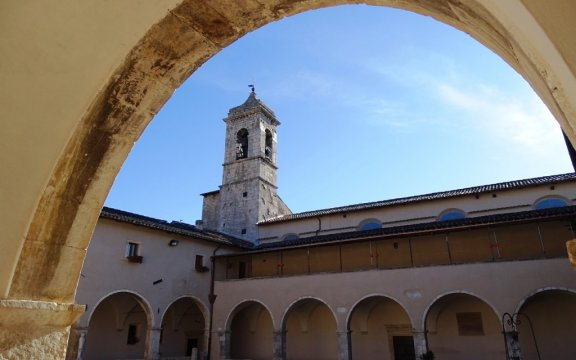 Castelvecchio-Subequo-Convento-Chiesa-SFrancesco-d'Assisi-foto-Giuseppe-Cera