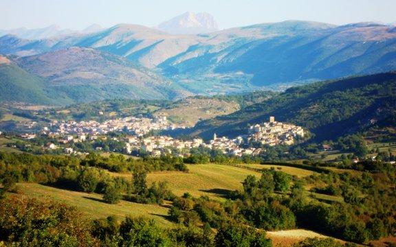 Castelvecchio-Subequo-panorama-foto-Giuseppe-Cera