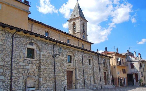 Collelongo-abruzzo-chiesa-santa-maria-nuova
