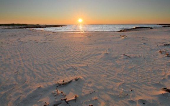 Copertino-spiaggia al tramonto-ph.Carlo Mazzotta