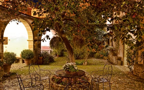Santu Lussurgiu_corte interna_antica dimora del gruccione