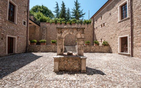 Palazzo-Sersale-di-Cerisano