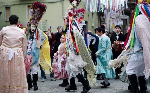 Alessandria-del-Carretto-Carnevale