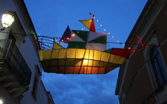 Festa-dei-lampioni-Calimera-Lampu