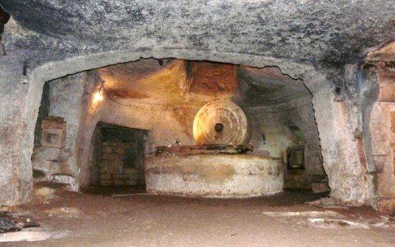 Frantoio-ipogeo-Matino