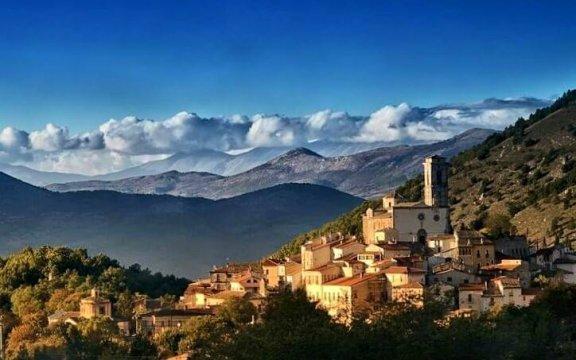 Goriano-Sicoli-panorama-fontefoto-ProLoco-LaRocca