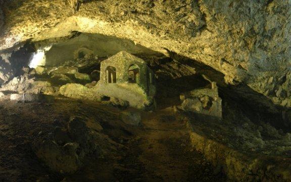 Grotta-San-Michele-Olevano-sul-Tusciano
