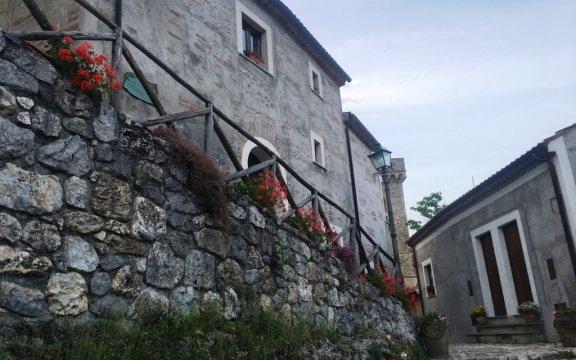 Laino-Castello-scorcio-borgo-vecchio