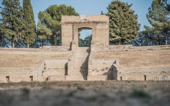 Lucera-anfiteatro-foto-Associazione-Borghi-Autentici-dItalia