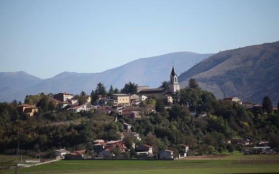 Vista-Magliano-de-Marsi-foto-Antonio-Iannucci