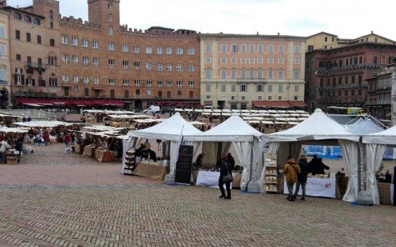 mercato-nel-campo-siena-2017-borghi autentici d'Italia