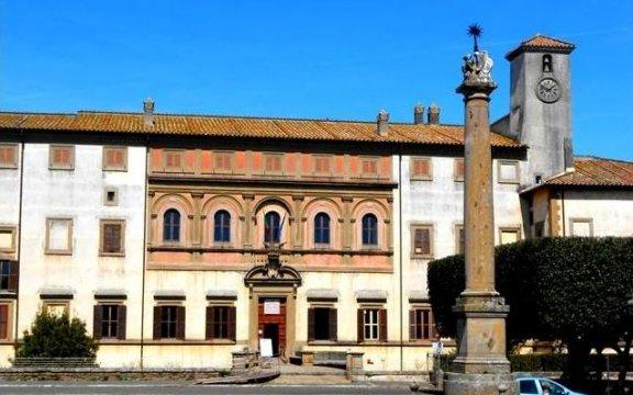 Oriolo-Romano-piazza-Umberto-I-foto-Samantha-Calvaresi