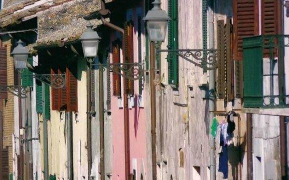 Oriolo-Romano-case-sulla-via-foto-Tommaso-Mantica