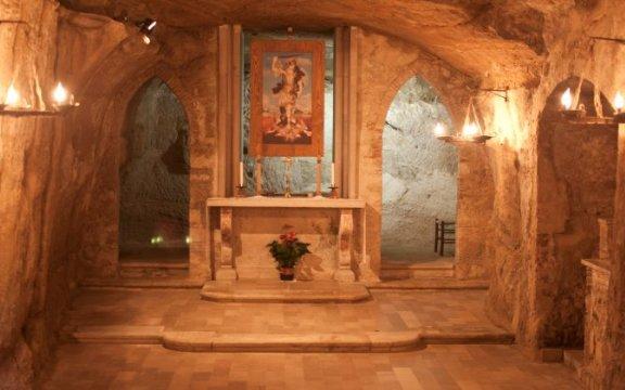 Orsara di Puglia_Grotta di san Michele_Abbazia dell'Angelo_ ph WildRatFilm
