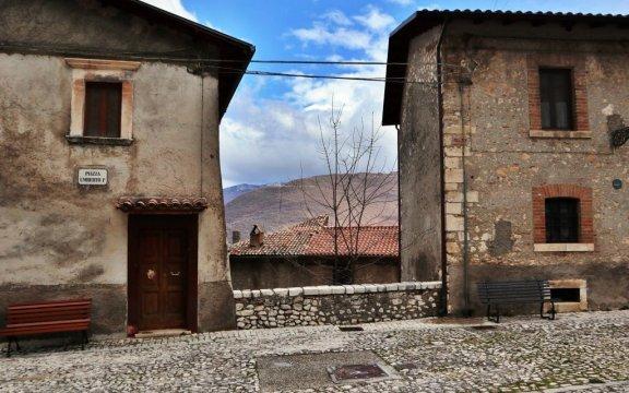 Rocca-di-Botte-piazza-Umberto-foto-Enzo-D'Urbano