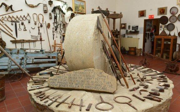 Roseto Capo Spulico_Museo_Etnografico_Civilta'_Contadina