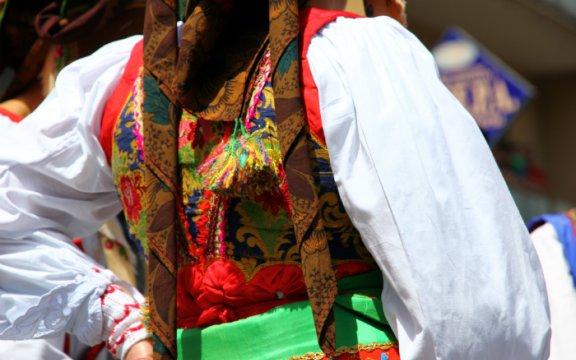 samugheo oristano sardegna costume tipico