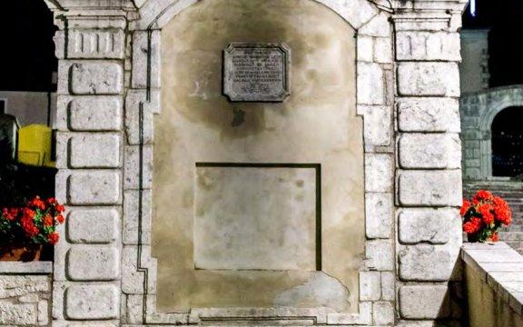 San Pietro Avellana-la Fontana grande
