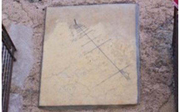 San-Mauro-Castelverde-orologio-solare