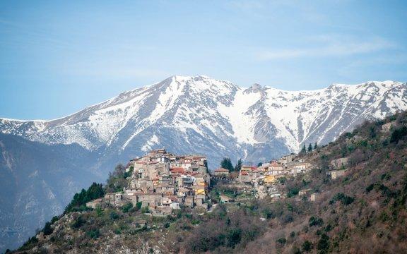Panorama-di-Morre-bordo-San-Vincenzo_Valle-Roveto