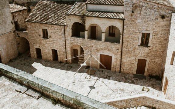 cortile-del-castello-normanno-svevo-sannicandro-di-bari