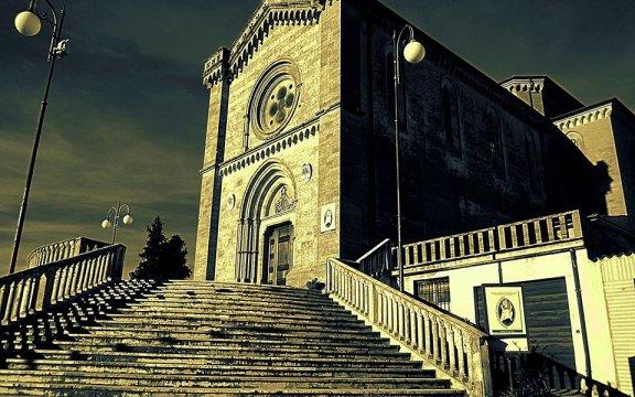 Mendicino-chiesa-Santa-Maria-della-Accoglienza