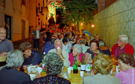Il cibo e la festa.Le pratiche alimentari nei contesti festivi dell'appennino laziale