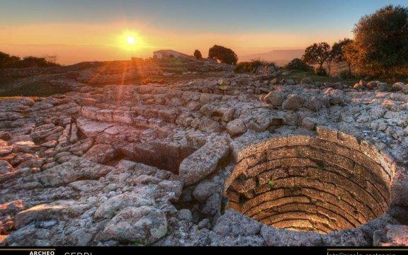 pagina FB di Santa-Vittoria-Acropoli-Nuragica-Serri-Il-pozzo-sacro-ArcheoFotoSardegna