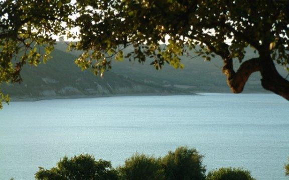 Lago-Omodeo-Sorradile-Sardegna
