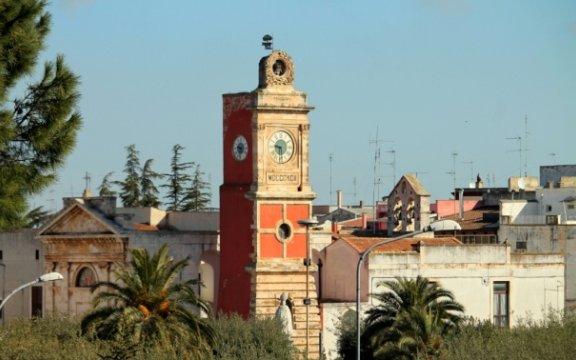 Turi-Torre-Orologio-foto-Fabio-Zita