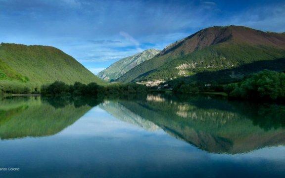 Villetta_Barrea_lago_borghi_autentici_italia_abruzzo.jpg