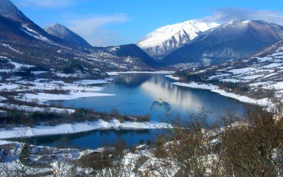 Lago di Barrea ph. Genny Campana