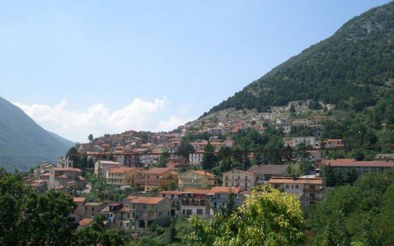Il_borgo_di_Capistrello
