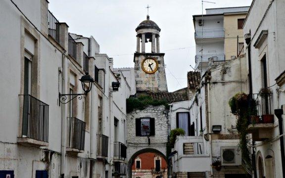 Casamassima_torre_dell_orologio