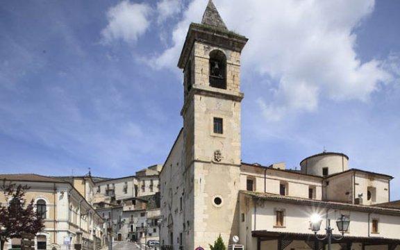 Castel_di_Ieri_Santa_Maria_Assunta