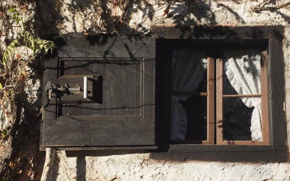 Forni di Sotto finestra baita