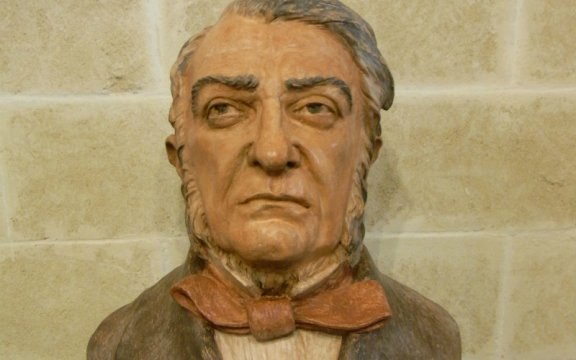 borgo autentico di patù, raccolta fondi per realizzazione del busto di don liborio romano