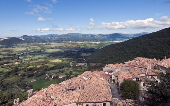 Pereto_Panorama